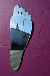 foot mirror